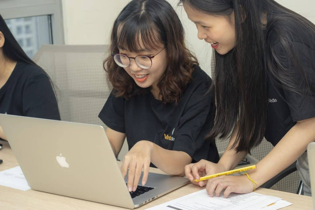 Youth Program Websites: Design Considerations for Associations